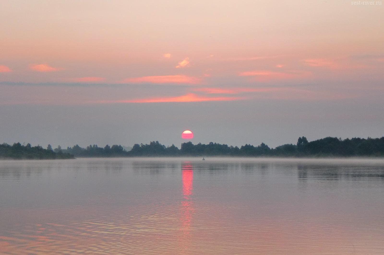 красивое фото река восход солнца