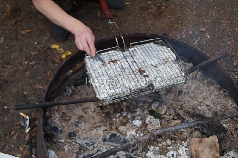 ножом пробуем рыбу на воду, сазан на костре в фольге рецепт с фото