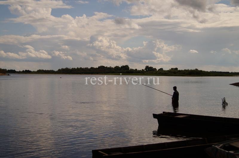 Летняя рыбалка в рыбалка в проводку на течении