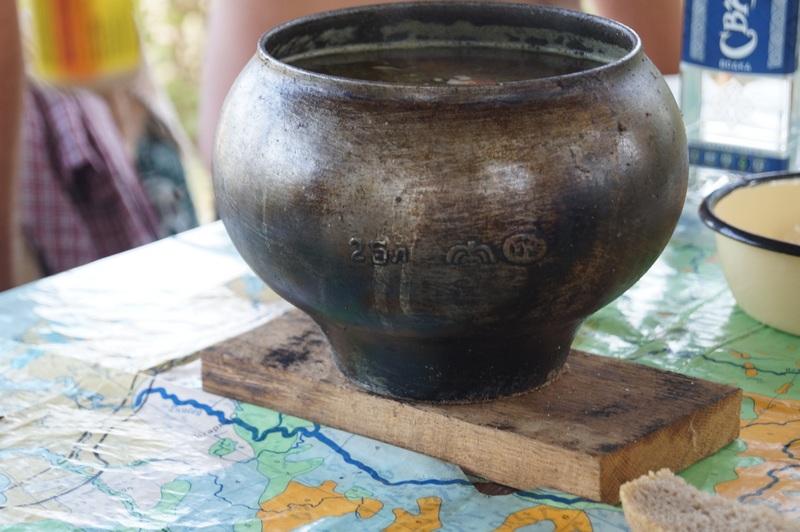 суп приготовленный в чугунке на костре