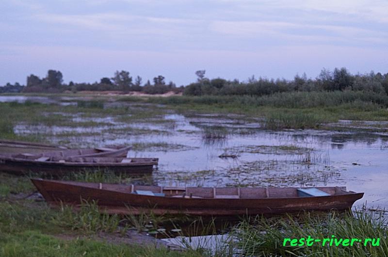деревянные лодки фото на озере