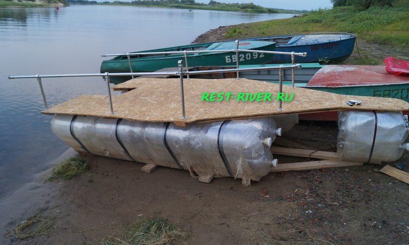 фото плот, лодка из бутылок своими руками