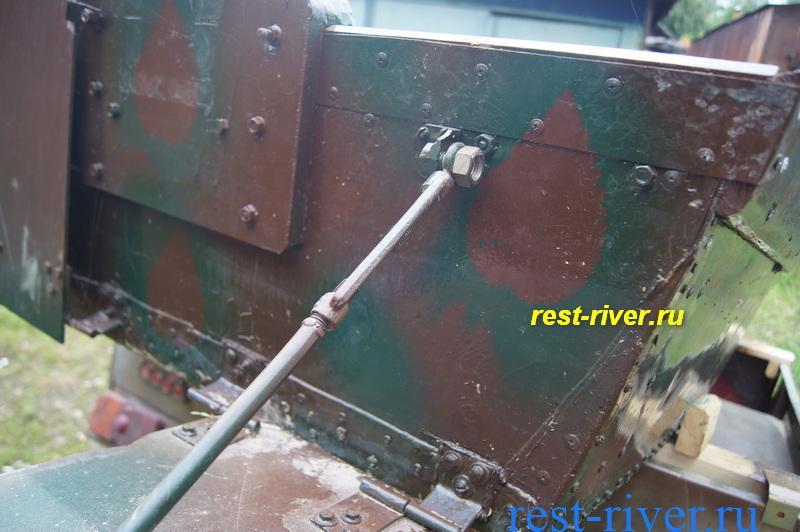 система крепления крыла на самодельной лодке
