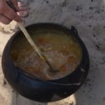 Щи рецепт в казане на костре - обеденное блюдо в походах. Щи на костре рецепт с фото.