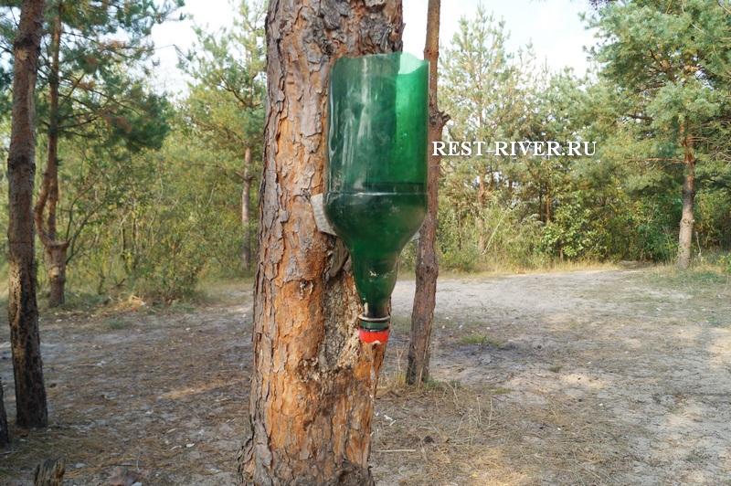 фото как сделать рукомойник из пластиковой бутылки