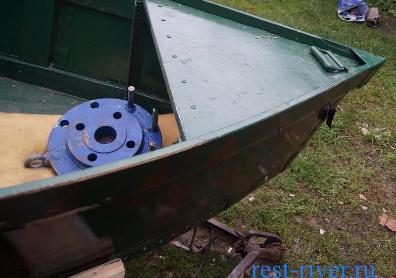 носовая часть самодельной лодки